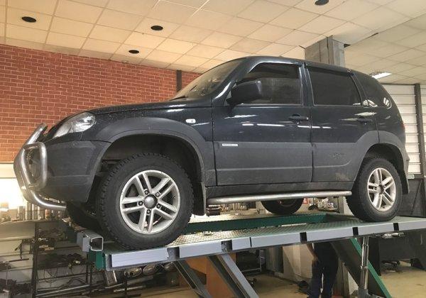 Chevrolet Niva – замена катализатора на пламегаситель и ремонт глушителя
