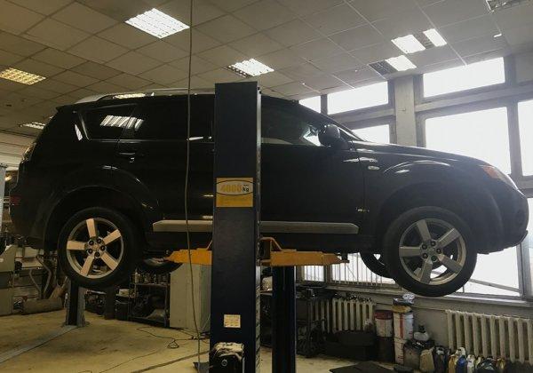 Mitsubishi Outlander - ремонт глушителя