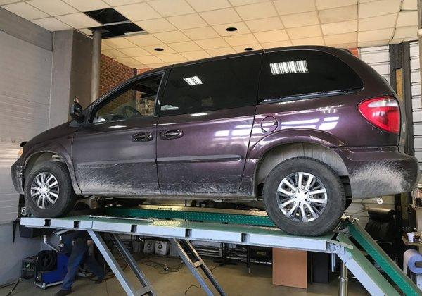 Chrysler Voyager – замена катализатора на пламегаситель