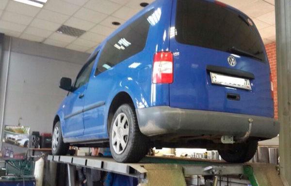 Volkswagen Caddy замена катализатора на пламегаситель. Установка обманки.