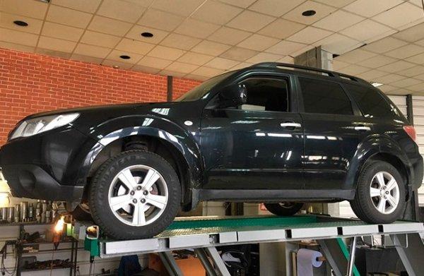 Subaru Forester-замена катализатора на пламегаситель